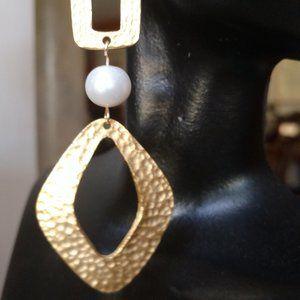 Fresh Water Pearl Fashion Earrings